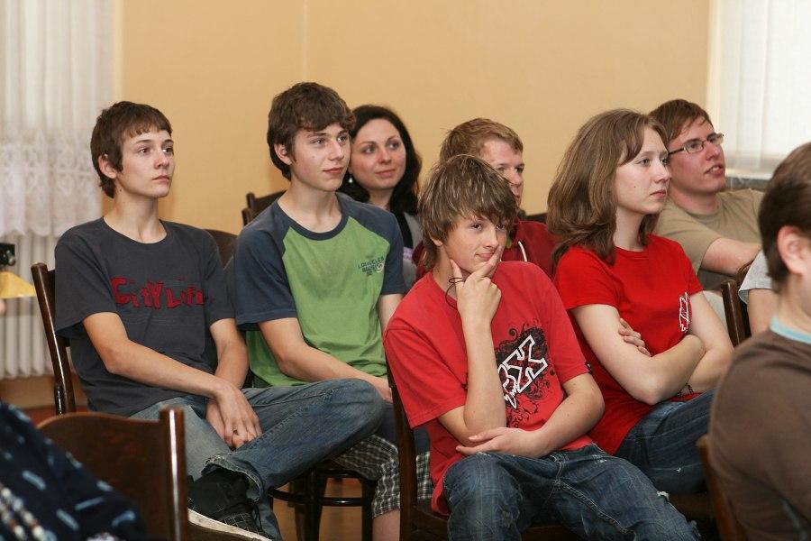 8 летних девочек ебут по взрослому